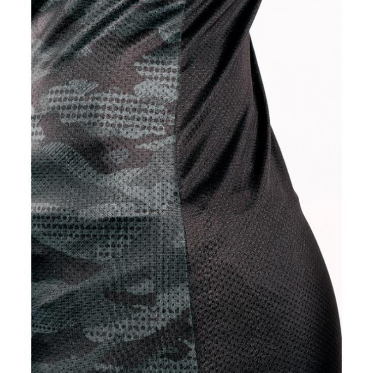 Camiseta Mujer Venum Defender negro mate