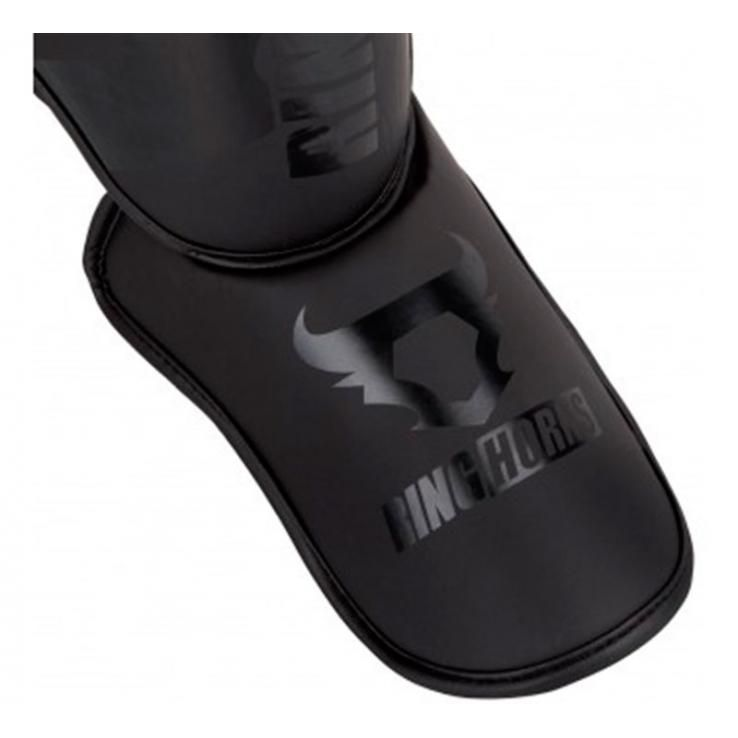 Espinilleras Ringhorns Charger negro mate by Venum